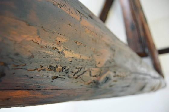Trave in legno tarlato